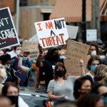 Giải mã giấc mơ thấy biểu tình – Mơ thấy biểu tình nên đánh con gì?
